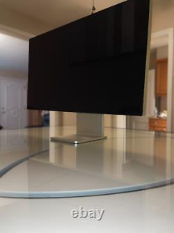 Apple Pro Display XDR 32 IPS LCD 6K Standard glass with STAND INCLUDED