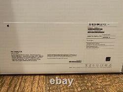 Apple Pro Display XDR 32 IPS LCD 6K withAppleCare+ warranty and Pro Stand