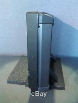 Panasonic BT-LH2600WP 26 SD/HD-SDI HD LCD Broadcast Monitor with Stand 10,216 HRS