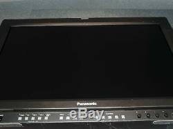 Panasonic BT-LH2600WP 26 SD/HD-SDI HD LCD Broadcast Monitor with Stand 30,604 HRS