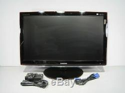 Samsung SyncMaster P2770 27 LCD Monitor HD 1080p 1920 x 1080 10001 with Stand