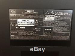 Toshiba 32C120U 32 720p HD LCD Television COMPUTER MONITOR WITH STAND
